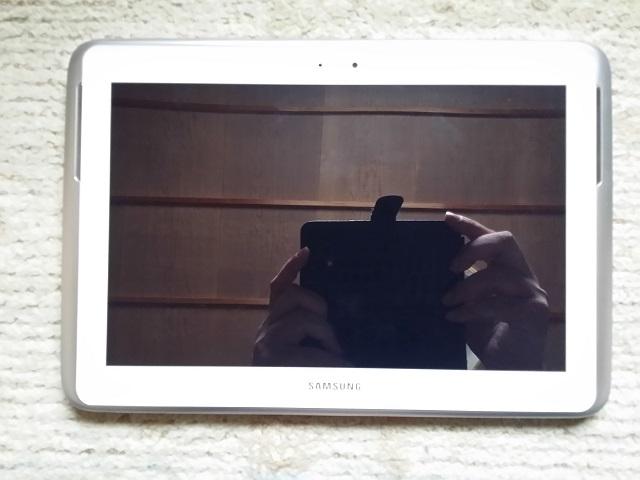 Galaxy Note 10.1(2012)GT-N8000外観